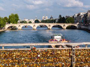 Brücken, Europa, Frankreich, Gewässer, Kanal, Liebesschlösser, Paris, Pfuhl, Pfütze, See, Tümpel, Wassergraben, Wasserstraße, Wasserweg, Weiher